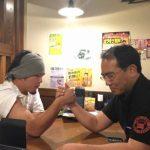 神奈川支店腕相撲大会???